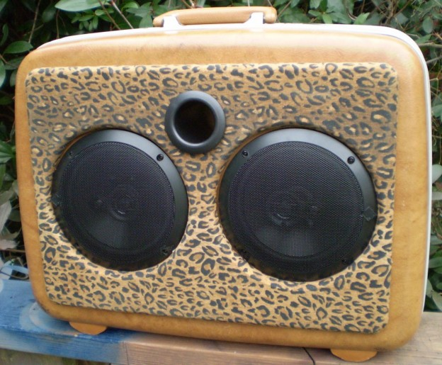 Brown Leopard Sonic Suitcase Speaker