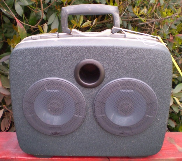 Blue Grey Game Sonic Suitcase Speaker