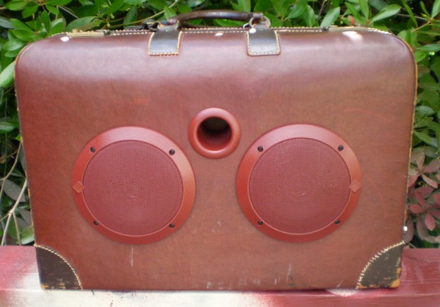 Burgundy Doc Sonic Suitcase Speaker