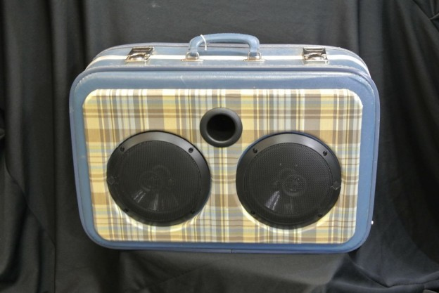 Blue Plaid Sonic Suitcase Speaker