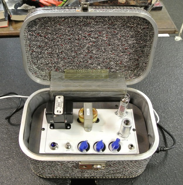 Grey Tube Alpha Guitar Suitcase