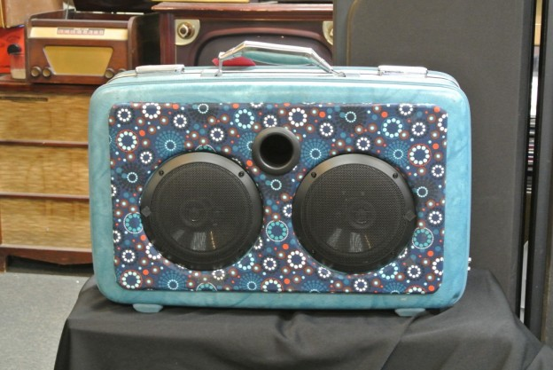 AQUA LEE PERRY SONIC SUITCASE SPEAKER