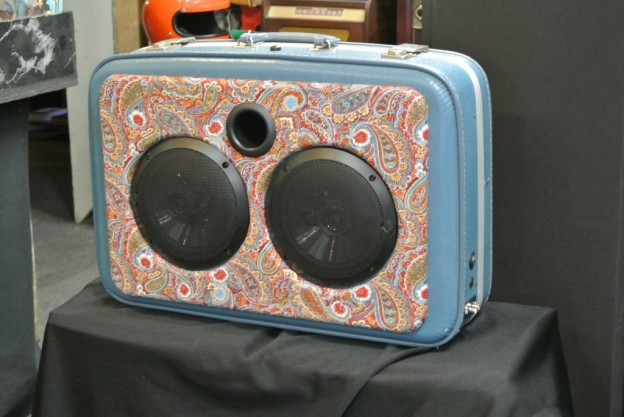 BLUE DREAM SYNDICATE SONIC SUITCASE SPEAKER