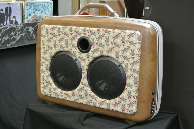 BROWN SOCK MONKEY SONIC SUITCASE SPEAKER