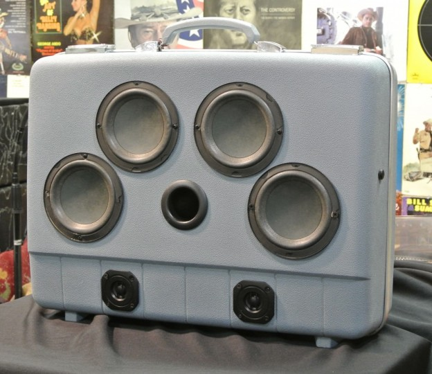 Blue Freddie King Sonic Suitcase Speaker