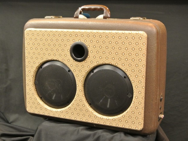 Brown Let's Active Sonic Suitcase Speaker