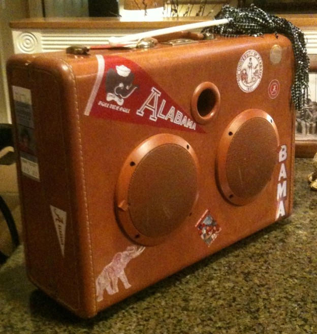 Tan Tide Sonic Suitcase Speaker