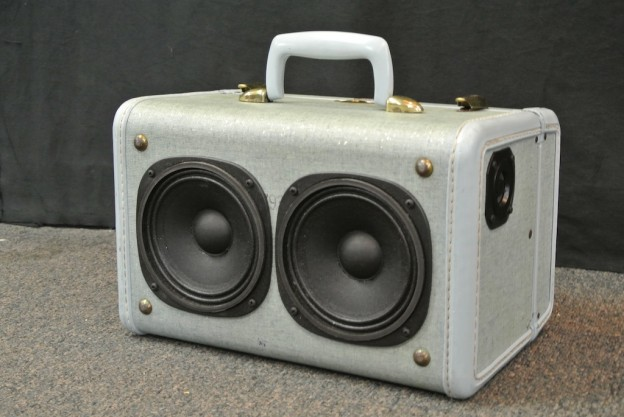 Aqua Subway Sect Sonic Suitcase Speaker