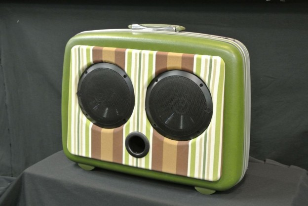 Green Giant Sonic Suitcase Speaker