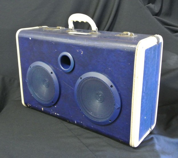 Blue Royals Sonic Suitcase Speaker