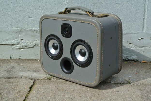 Blue Wally Sonic Suitcase Speaker