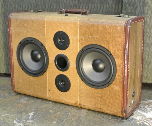 Tweed McDonald Sonic Suitcase Speaker