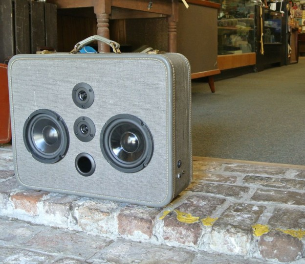 Grey Buddy Miles Sonic Suitcase Speaker