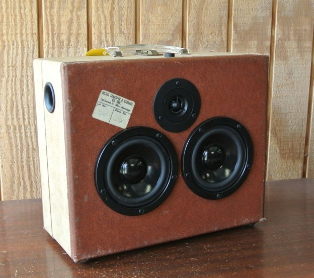 Brown Silvertone Sonic Suitcase Speaker