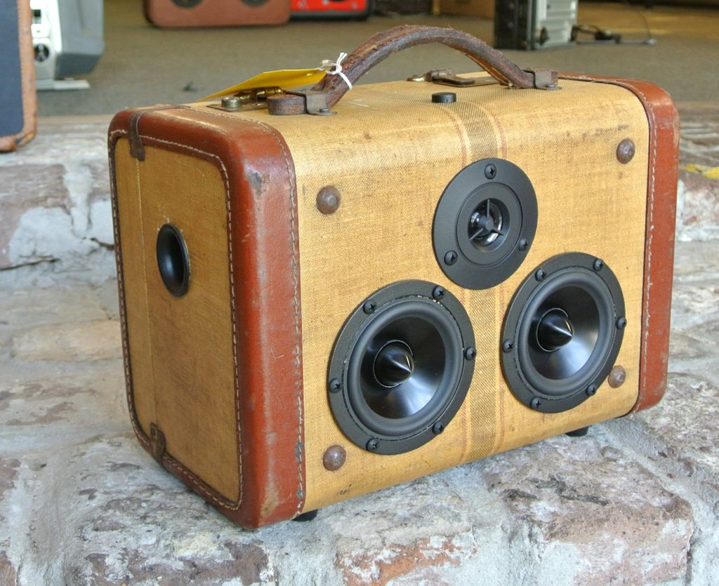 Tweed Bases Loaded Sonic Suitcase Boombox