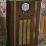 Treble Clef Sonic Suitcase Retro Radio Conversion