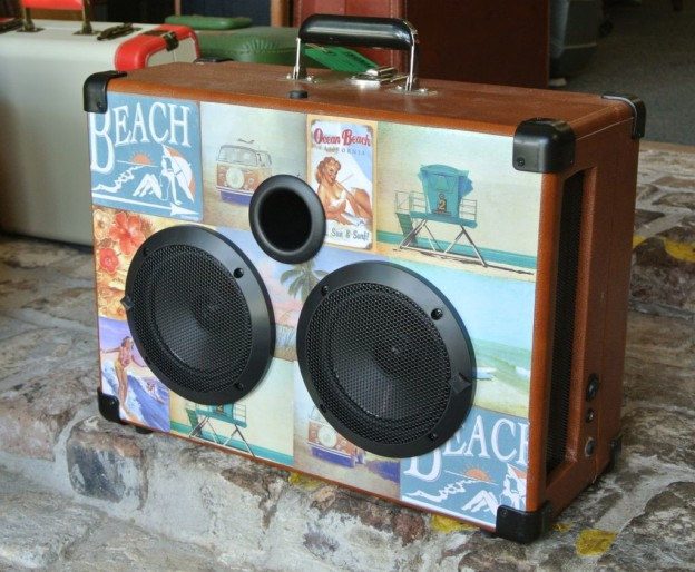 Tan Waves Sonic Suitcase Boombox