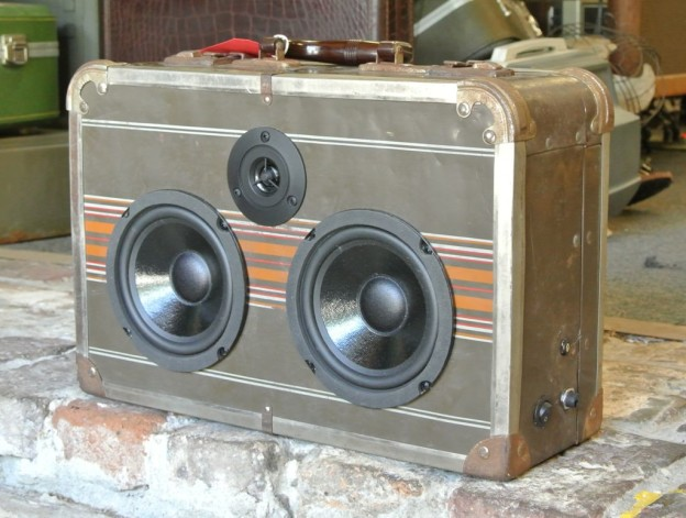 Brown Metal Fingers Sonic Suitcase Boombox