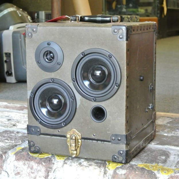 Army Green Rivet Sonic Suitcase Boombox