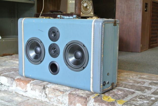 Blue End Sonic Suitcase Speaker