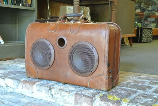 Brown Baron Sonic Suitcase Boombox
