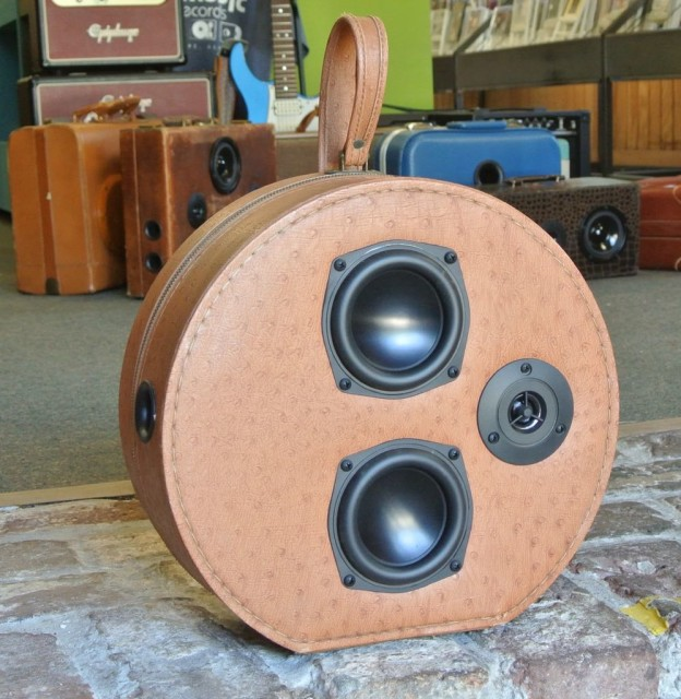 Brown Require Sonic Suitcase Speaker