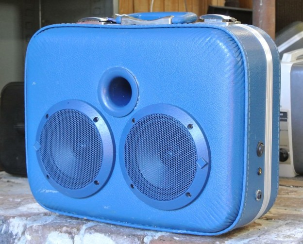 Blue Motown Sonic Suitcase Boombox