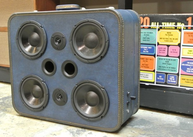 Blue Moon Sonic Suitcase Boombox