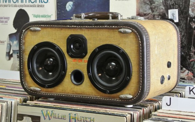 Tan Thorn Sonic Suitcase Boombox